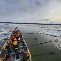Canot à glace