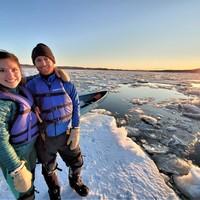 Coucher de soleil en canot à glace
