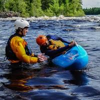 Cours de Kayak en eau vive